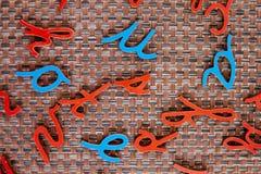 Lettres bleues et rouges aléatoires Photo libre de droits