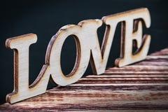 Lettres d'amour coupées du contreplaqué Photos libres de droits