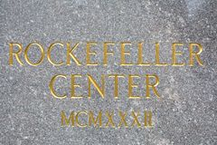Lettres d'or centrales de Rockefeller Photos libres de droits