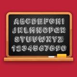 Lettres 3D et nombres marqués à la craie tirés par la main sur le tableau noir Photo stock