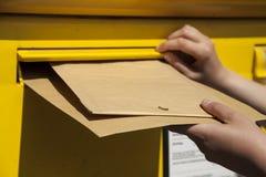 Lettres dans la boîte aux lettres Photographie stock libre de droits