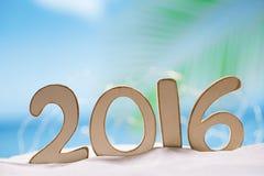 2016 lettres de nombres avec l'océan, la plage et le paysage marin Image stock