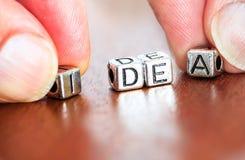 lettres de vente d'affaires de concept d'idée placées sur un bureau dans le prec Photographie stock