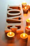 Lettres en bois avec amour de mot Image stock