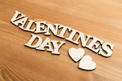 Lettres en bois de vintage formant le jour de valentines d'expression Photos libres de droits