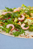 Lettuce and shrimps salad Royalty Free Stock Photos