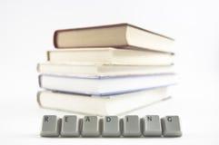 Lettura compitata e libri Immagine Stock