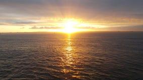 Letzte Lichtstrahlen der Sonne lizenzfreie stockfotografie