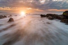 Letzte Strahlen des Lichtes auf Barrika-Strand Stockfoto