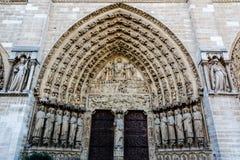Letztes Urteil-Portal auf ` s Notre Dame Cathedral Fassade in Paris lizenzfreies stockfoto