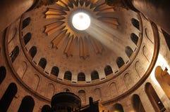 Leuchte in der Kirche des heiligen Sepulcher Lizenzfreies Stockbild