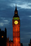 Leuchten von Big Ben an der Dämmerung Lizenzfreies Stockfoto