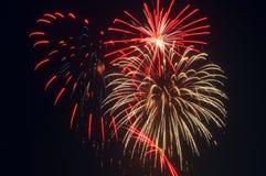 Leuchtende Feuerwerke Stockfotos