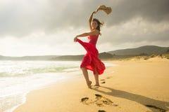 Leuchtende junge Frau Stockfotografie