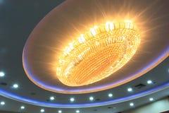 Leuchter an der Decke Lizenzfreies Stockfoto