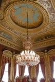 Leuchter mit seeling Dekorationen Stockbilder