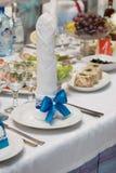 Leuchttisch in den weißen und blauen Farben Lizenzfreie Stockfotos