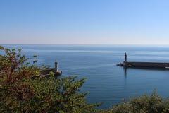 Leuchtturm auf dem Meer Stockfotografie