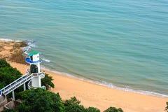 Leuchtturm auf der Küste Stockbilder