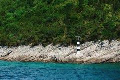 Leuchtturm auf einem Berg, Montenegro, adriatisches Meer Lizenzfreies Stockfoto