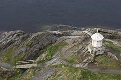 Leuchtturm auf Salstraumenfjord stockbild