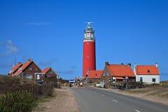 Leuchtturm in den Dünen am Strand stockfoto