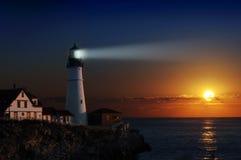 Leuchtturm an der Dämmerung Stockfoto