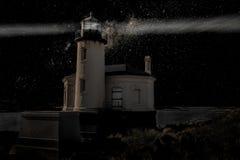 Leuchtturm in der Dunkelheit Lizenzfreie Stockfotografie