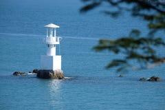 Leuchtturm an einem sonnigen Tag Lizenzfreie Stockbilder
