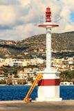 Leuchtturm am Hafen von Agios Nikolaos Greece Lizenzfreies Stockbild
