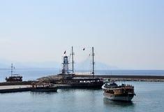 Leuchtturm im Hafen Alanya, die Türkei Lizenzfreie Stockbilder