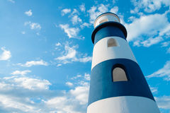 Leuchtturm im Hintergrund lizenzfreies stockfoto