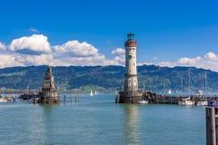 Leuchtturm im See Lizenzfreie Stockfotografie