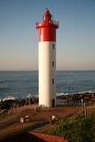Leuchtturm mit Paaren Stockfotografie
