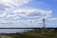 Leuchtturm nahe Louisbourg, Neuschottland, Kanada Stockfoto