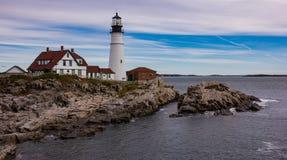 Leuchtturm nahe Portland, Maine lizenzfreies stockbild