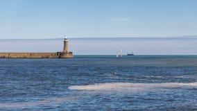Leuchtturm in Tyne und in der Abnutzung, Großbritannien stockbilder
