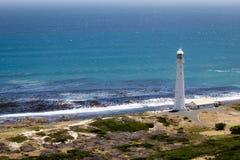 Leuchtturm und Atlantik im Hintergrund Stockbilder