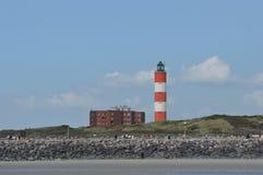 Leuchtturm und Ebenen an der Sommerküste von berk sur Mer Stockfoto