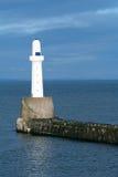 Leuchtturm und Pier Stockbild