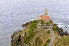 Leuchtturm von Cudillero Stockfoto