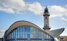 Leuchtturm in Warnemünde (Deutschland) lizenzfreie stockfotos
