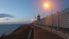 Leuchtturmabendansicht Rotes Licht Straße zum Leuchtturm