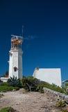LeuchtturmFernsehturm auf der kleinen mexikanischen Insel von Isla Mujeres (Insel der Frauen) Stockfotografie