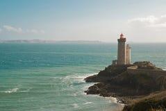 Leuchtturmfrontseite von Ozean stockfotos