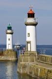Leuchtturmkanal von Le Palais an der Schönheit Ile im fran Stockfotografie