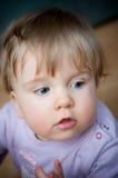 Leuk babymeisje Stock Foto