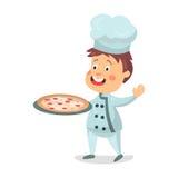 Leuk beeldverhaal weinig karakter die van de jongenschef-kok een pizza in een kokende dienbladillustratie houden royalty-vrije illustratie