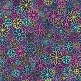 Leuk Bloemenpatroon in de kleine bloem Ditsydruk Naadloze VectorTextuur Elegant malplaatje voor manierdrukken Stock Foto's