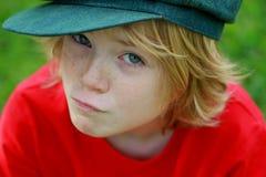 Leuk gelukkig jongenskind Stock Foto's